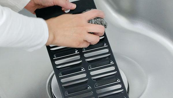 フィルターやオイル受けは食洗機でも手軽に洗える